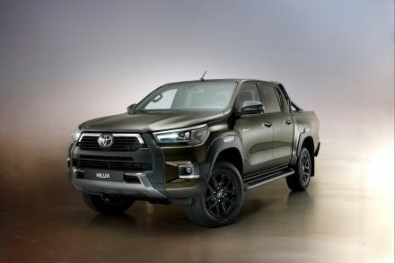 Toyota Hilux Diesel Active Extra Cab Chassis 2.4 D-4D
